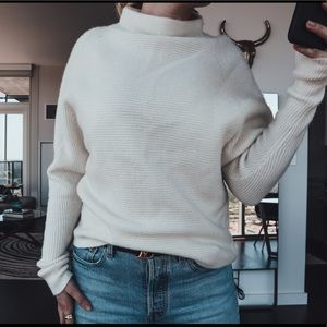 Theory Sweater New With Tags Size Small Ivory